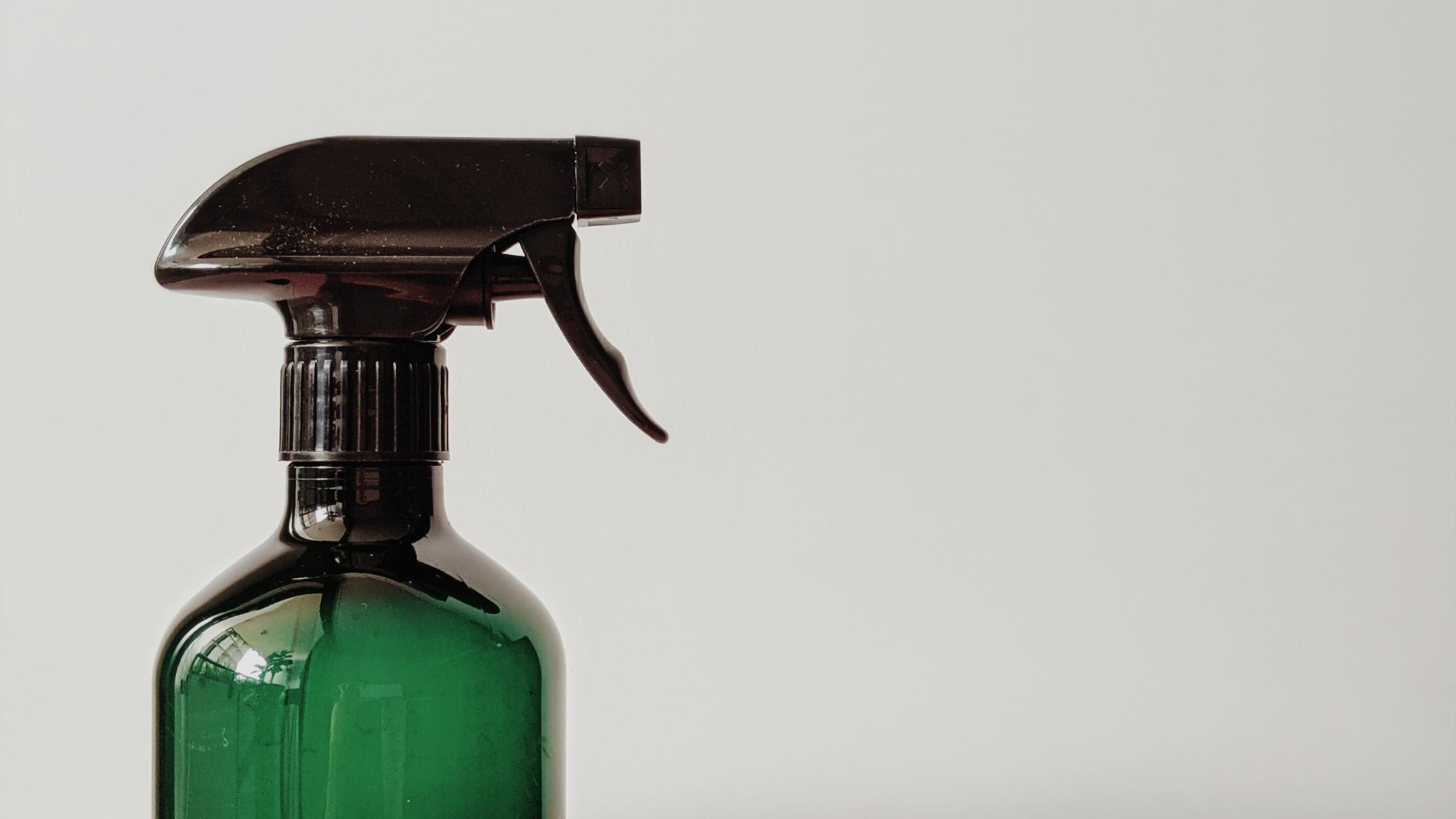 Mindfulness pentru spălarea și curățarea hainelor, în plin secol al vitezei wet clean